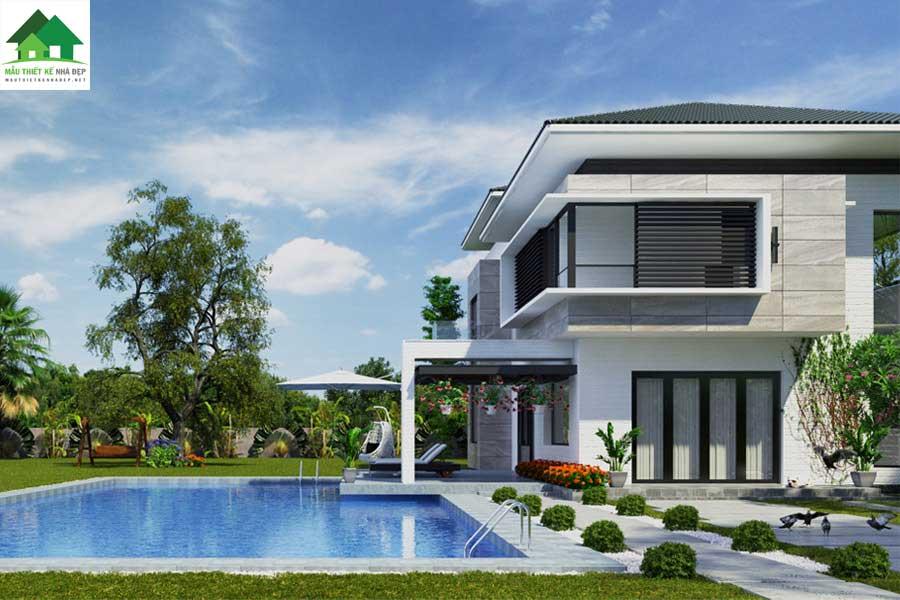 Biệt thự 2 tầng có bể bơi hiện đại ở sân vườn